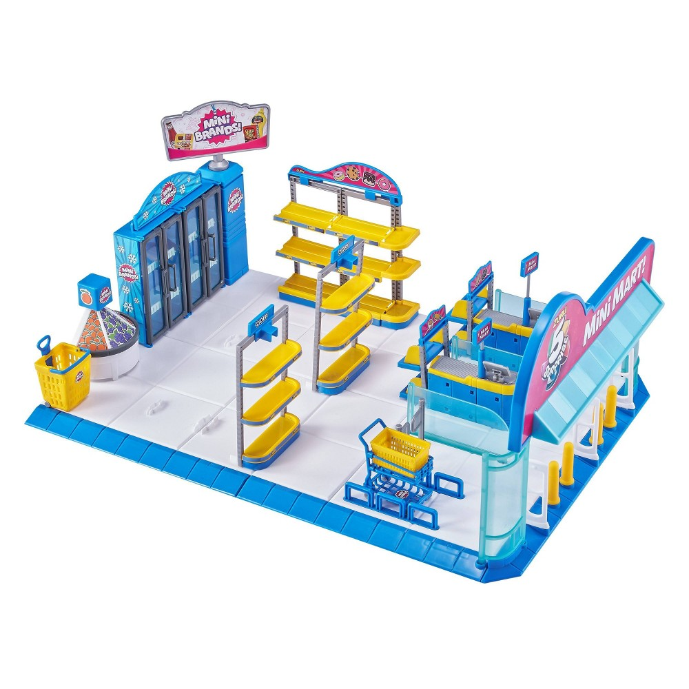 5 Surprise Mini Brands! Mini Mart with 4 Mystery Minis from 5 Surprise