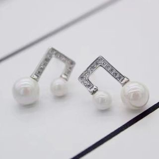 925 Silver Faux Pearl Music Note Earring from A ROCH
