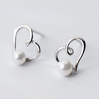 925 Sterling Silver Faux Pearl Heart Stud Earring from A ROCH