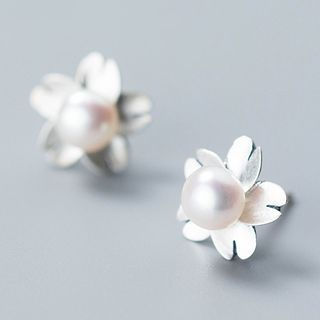 925 Sterling Silver Freshwater Pearl Flower Stud Earring from A ROCH
