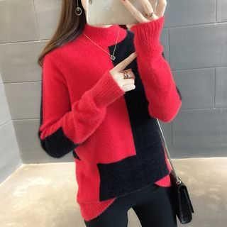 Two-Tone Mock-Neck Sweater from Ageha