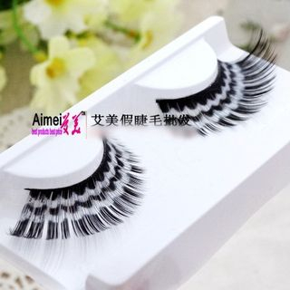 Colored False Eyelashes from Aimo