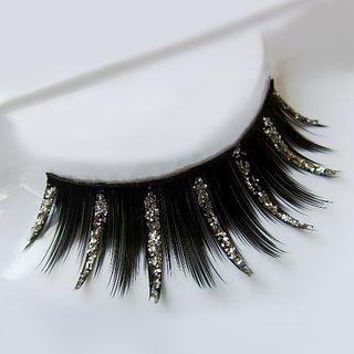 Glittered Eyelashes from Aimo