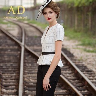 Short-Sleeve Check Peplum Top / Slim-Fit Pants from Aision