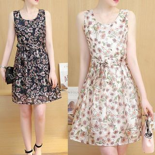 Floral Print Sleeveless Dress from Ashlee