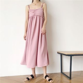 Plain Sleeveless Midi Dress from Ashlee