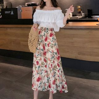 Off-Shoulder Top / Flower Print A-Line Midi Skirt from Aurora