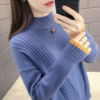 Mock-Neck Contrast Trim Sweater from Autunno