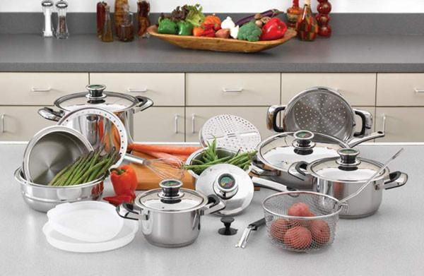 Chef's Secret 22pc 12-Element Super Set with Surgical Stainless Steel from B&F System, Inc.