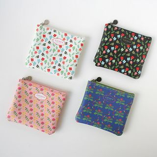 Patterned Mini Pouch from BABOSARANG