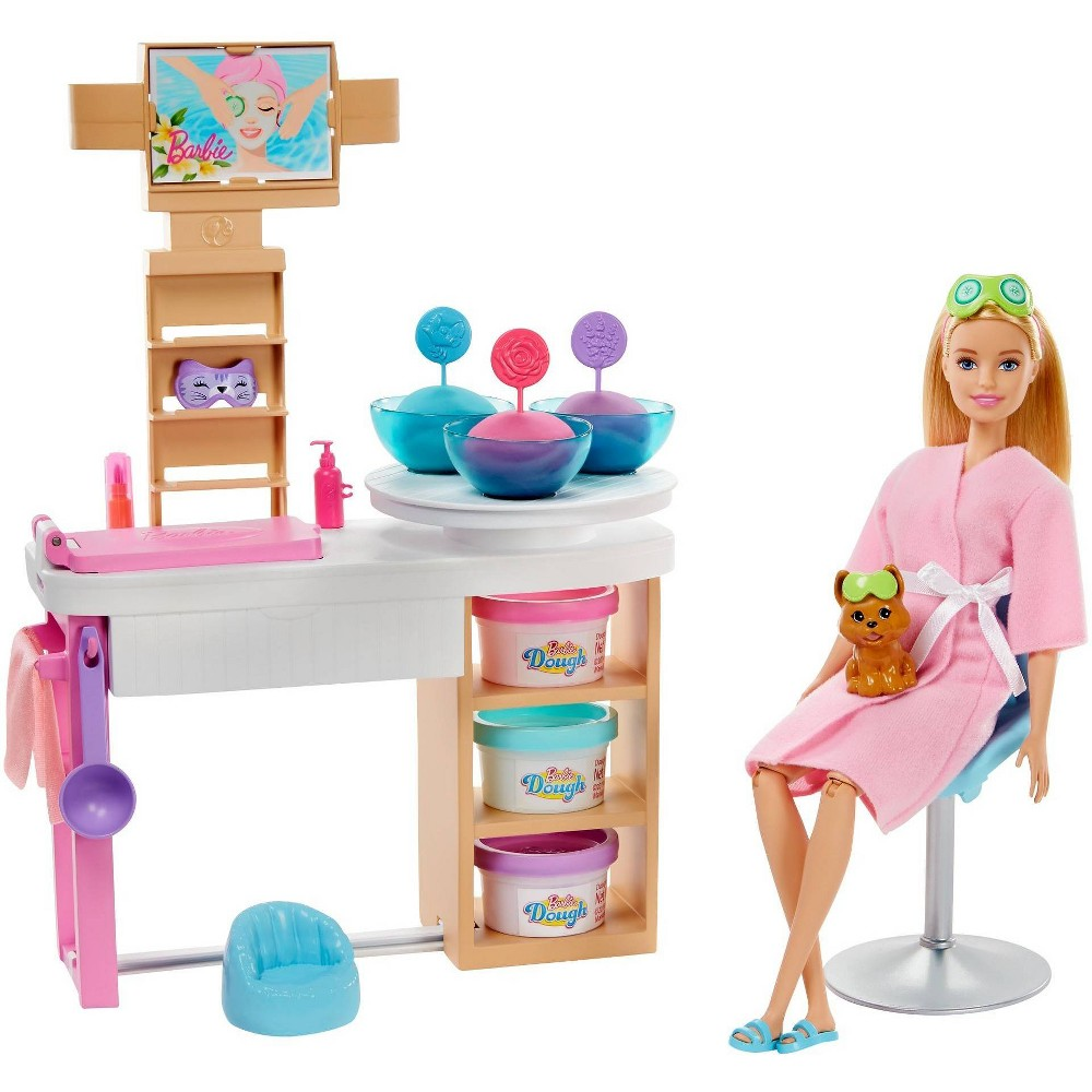 Barbie Spa Day Face Mask Playset from Barbie