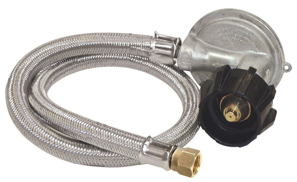 Bayou Classic 1 Psi Preset Regulator With 36 Inch Propane Hose - For Use With Gas Grills from Bayou Classic