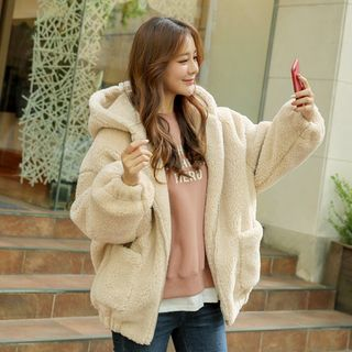 Sherpa-Fleece Boxy Zip-Up Hoodie from CLICK