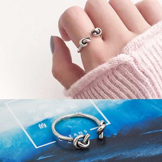 Knot Open Ring from Cheermo