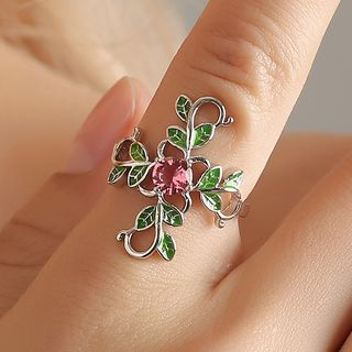 Rhinestone Rose Ring from Cheermo