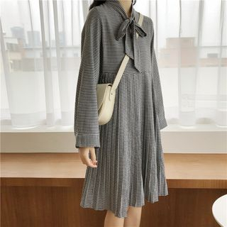 Long-Sleeve Houndstooth Pleated Dress from Clover Dream