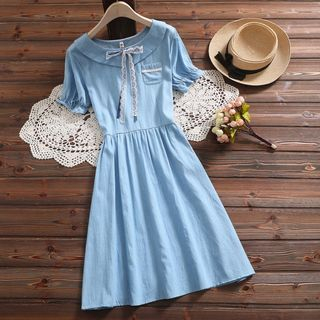 Short-Sleeve Lace Ribbon Denim A-Line Midi Dress from Clover Dream