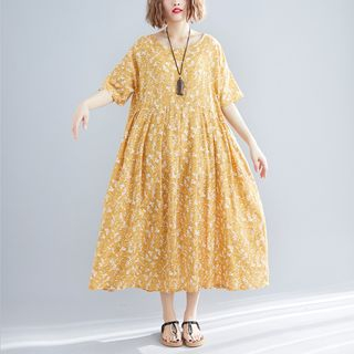Short-Sleeve Midi Floral Dress Yellow - One Size from Clover Dream