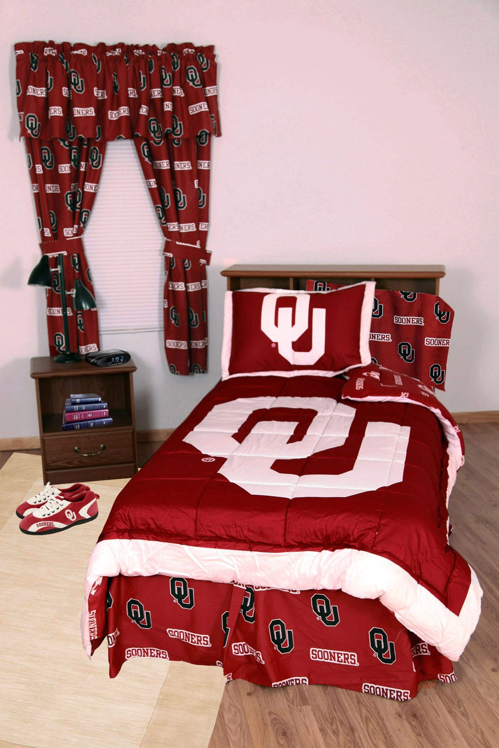 Oklahoma Bed in a Bag Queen - With Team Colored Sheets - OKLBBQU by College Covers from College Covers