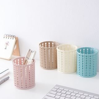 Faux Woven Pen Holder from Cute Essentials