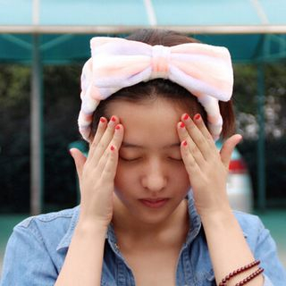 Bow Accent Headband from DEBE