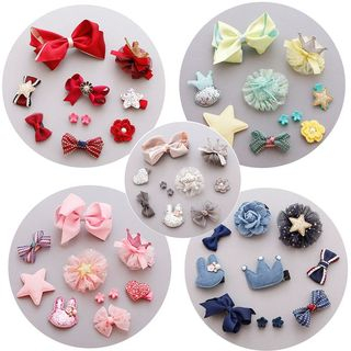 Hair Clip Set from DEBE