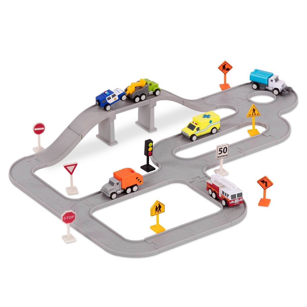 DRIVEN – Track Playset with Toy Trucks – Safe & Clean City Crew (57pc) – Pocket Series from DRIVEN by Battat