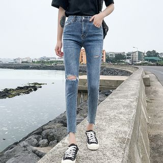Ripped Skinny Jeans from Denimot