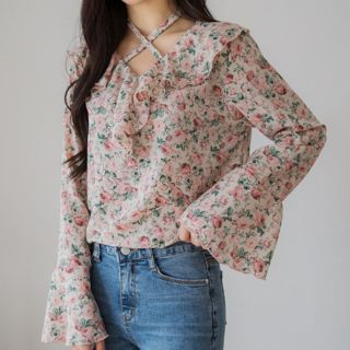 Ruffle-Trim Floral Print Blouse from Envy Look