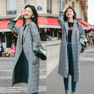 Buttoned Plaid Long Coat from Estacion
