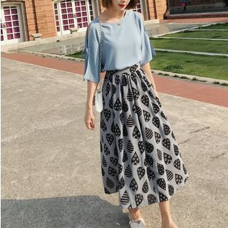 Set: Elbow-Sleeve Top + Print Maxi Skirt from Estacion