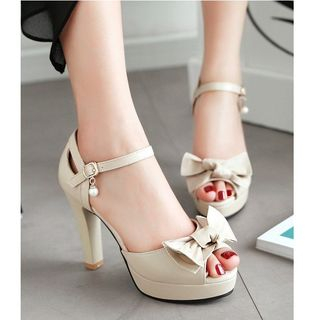 Bow Ankle Strap Peep-toe Pumps from Freesia