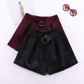 Wide-Leg Velvet Shorts from Frigga
