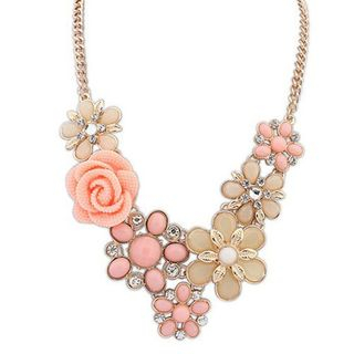 Flower Statement Necklace from Glamiz