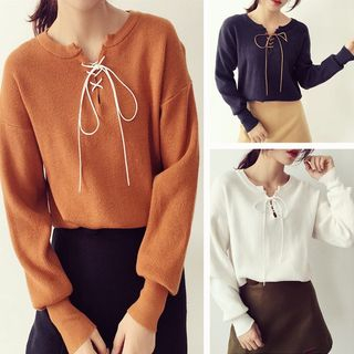 Lace-Up Sweater from Happo