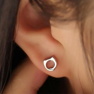 Metal Earring from JZ Concept