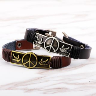 Embossed Metal Bar Genuine Leather Bracelet from KINNO