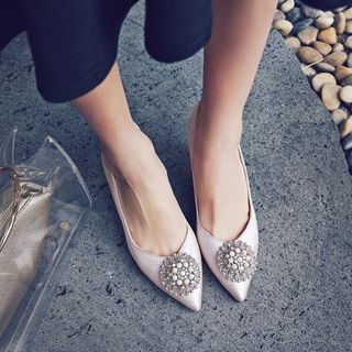 Rhinestone Accent Pointy Toe High Heel Pumps from Kireina