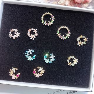 Floral Hoop Ear Stud from Kulala