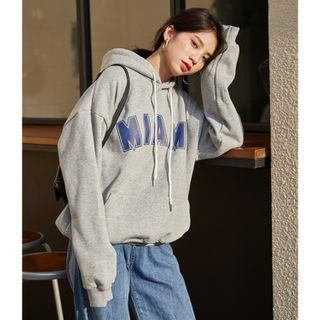 Color Block Lettering Hooded Sweatshirt from Lady Jean