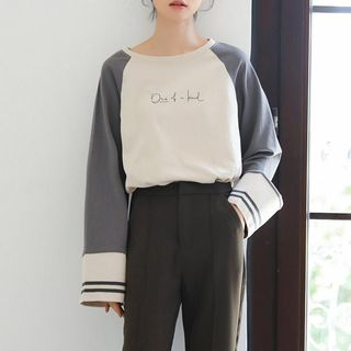 Long-Sleeve Raglan Letter T-Shirt from Lady Jean