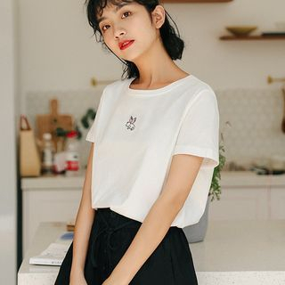 Pig Embroidered Short-Sleeve T-Shirt White - One Size from Lady Jean