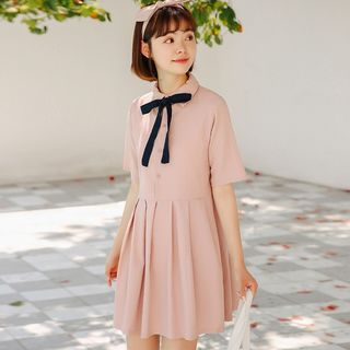Short-Sleeve Pleated Mini Dress from Lady Jean