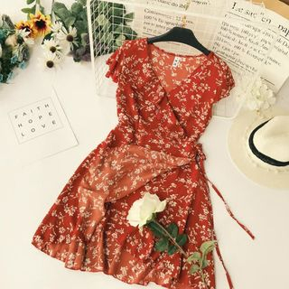 Floral Chiffon Ruffled Wrap Dress from Lucuna