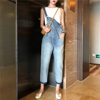 Crew-Neck Knitted Tank Top / Cropped Denim Dungarees from MAVIS