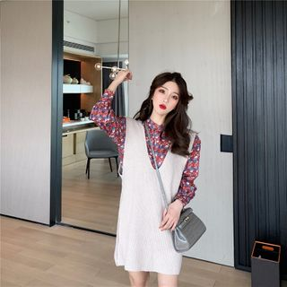 Long-Sleeve Floral-Pattern Shirt / Sleeveless Mini Knit Dress from MAVIS