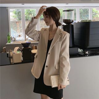 Single-Breasted Blazer from MAVIS