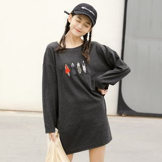 Drop Shoulder Embroidered Oversized T-Shirt from Miahynn