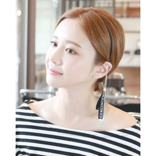 Lettering Tag-Dangled Slim Hair Band from Miss21 Korea