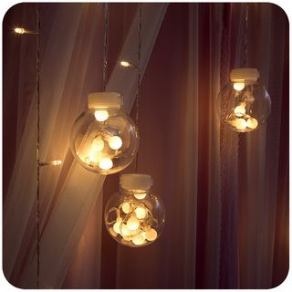 String Light Wall Decoration from Momoi